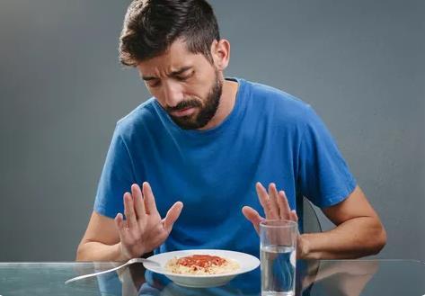 过午不食是什么意思?过午不食究竟是几点后不吃东西?