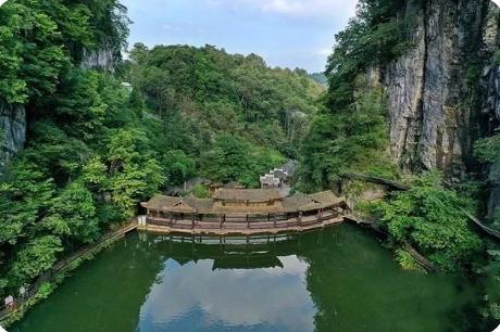 湖南湘西是个什么样的地方,一块充满灵性而极具魔力的土地